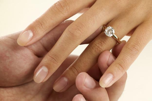 anelli di fidanzamento monte urano cameli gioielli